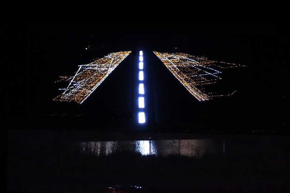 Ray bartkus landing strip 2013 led lights hill pond 200 x 200 harmony park lithuania mozeypictures Gallery